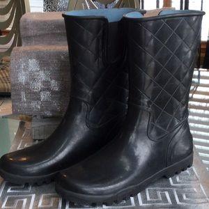 Sherry woman's size 11rain boot